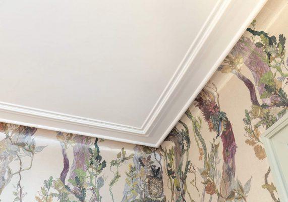 Zimmerdecke frisch gestrichen